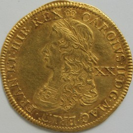 HAMMERED GOLD 1662  CHARLES II UNITE LAUREATE DRAPED AND CUIRASSED YOUTHFUL BUST VALUE XX BEHIND REVERSE CROWNED GARNISHED SHIELD DIVIDING CYPHER MM CROWN RARE NEF